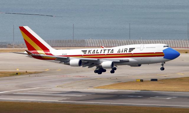 Asamaさんが、香港国際空港で撮影したカリッタ エア 747-446(BCF)の航空フォト(飛行機 写真・画像)