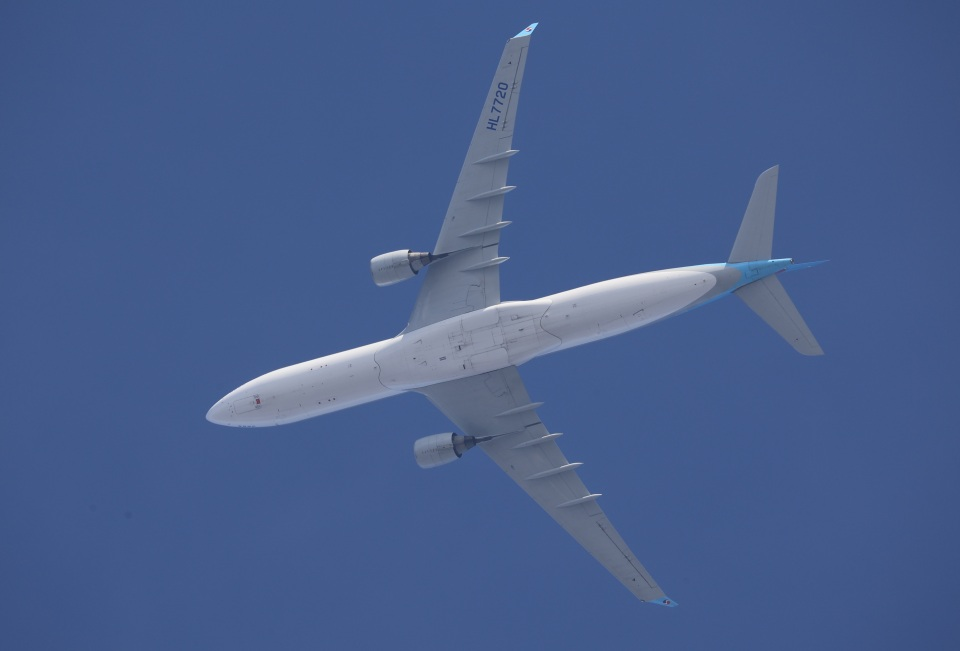 Wasawasa-isaoさんの大韓航空 Airbus A330-300 (HL7720) 航空フォト