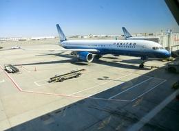 まーくんさんが、ジョン・F・ケネディ国際空港で撮影したユナイテッド航空 757-222の航空フォト(飛行機 写真・画像)