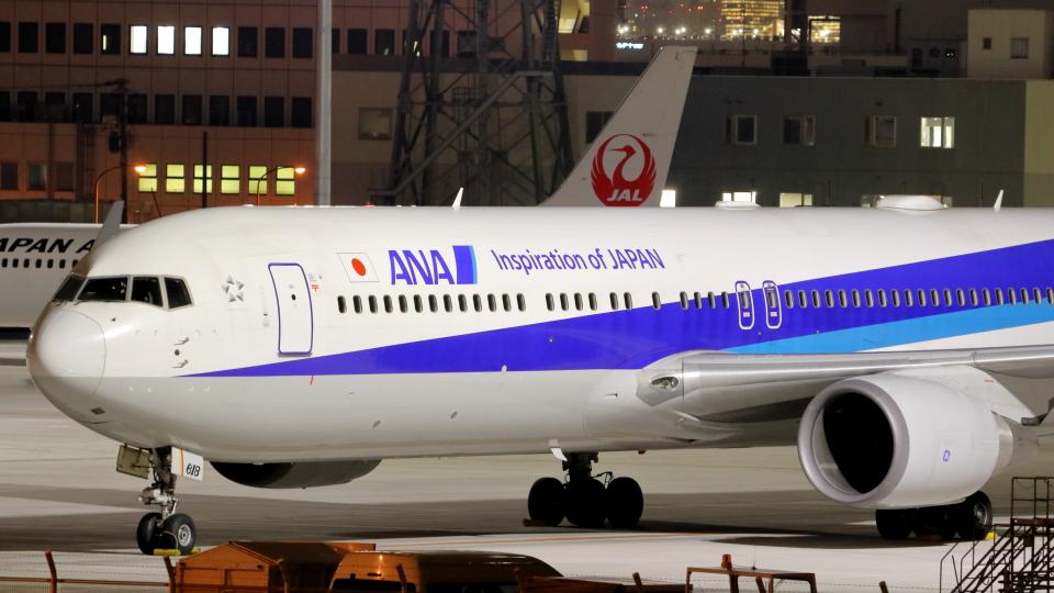 誘喜さんの全日空 Boeing 767-300 (JA618A) 航空フォト