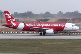 kinsanさんが、シンガポール・チャンギ国際空港で撮影したインドネシア・エアアジア A320-216の航空フォト(飛行機 写真・画像)