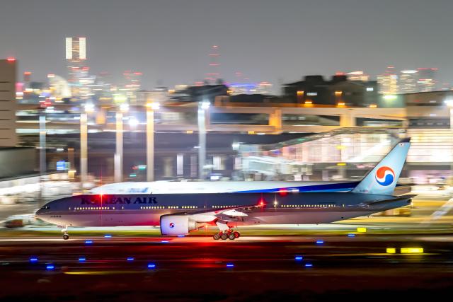 Cozy Gotoさんが、羽田空港で撮影した大韓航空 777-3B5/ERの航空フォト(飛行機 写真・画像)