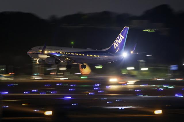 K.Sさんが、福岡空港で撮影した全日空 737-881の航空フォト(飛行機 写真・画像)