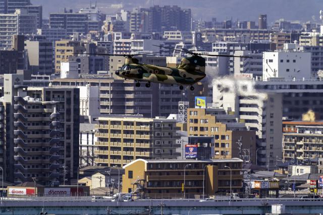 K.Sさんが、福岡空港で撮影した航空自衛隊 CH-47J/LRの航空フォト(飛行機 写真・画像)