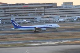 TAK_HND_NRTさんが、羽田空港で撮影した全日空 767-381の航空フォト(飛行機 写真・画像)