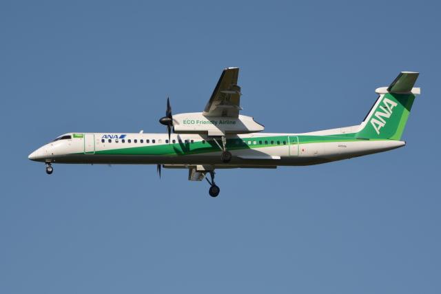 Deepさんが、成田国際空港で撮影したANAウイングス DHC-8-402Q Dash 8の航空フォト(飛行機 写真・画像)