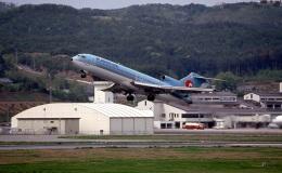 LEVEL789さんが、岡山空港で撮影した大韓航空 727-281の航空フォト(飛行機 写真・画像)