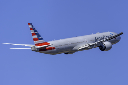 K.Sさんが、成田国際空港で撮影したアメリカン航空 777-323/ERの航空フォト(飛行機 写真・画像)