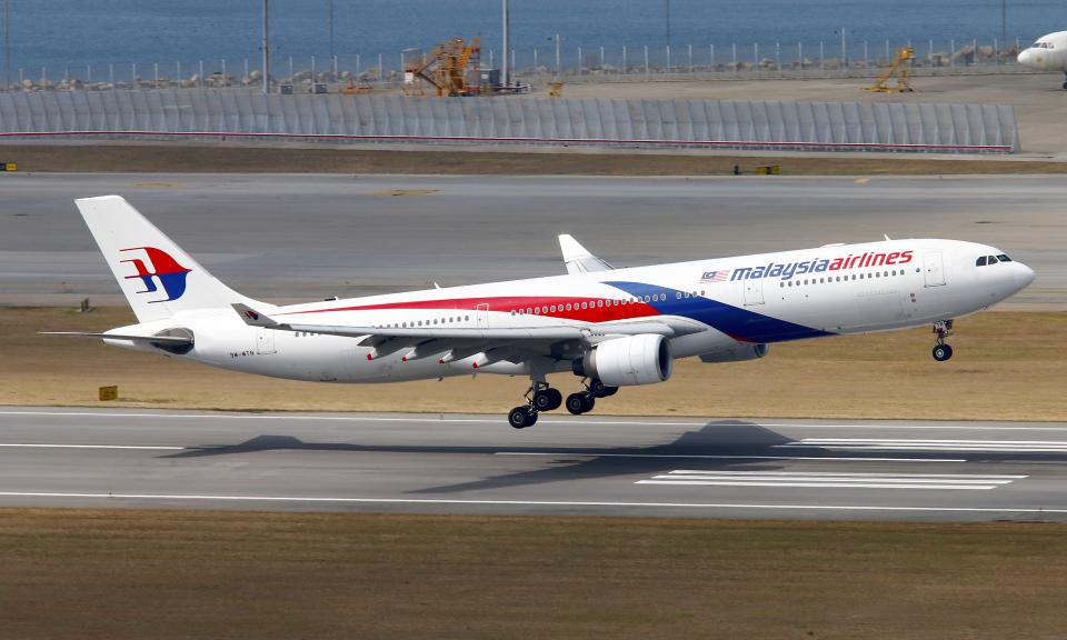 Asamaさんのマレーシア航空 Airbus A330-300 (9M-MTN) 航空フォト