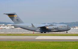 asuto_fさんが、岩国空港で撮影したアメリカ空軍 C-17A Globemaster IIIの航空フォト(飛行機 写真・画像)