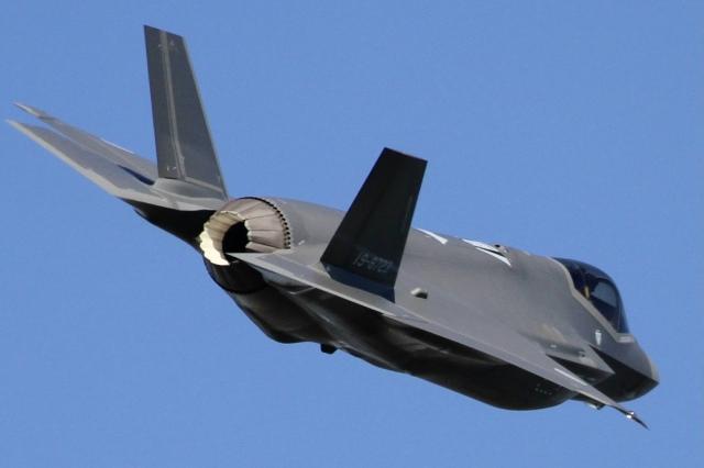 NKM Spotterさんが、名古屋飛行場で撮影した航空自衛隊 F-35A Lightning IIの航空フォト(飛行機 写真・画像)