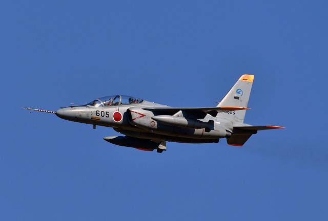 鈴鹿@風さんが、名古屋飛行場で撮影した航空自衛隊 T-4の航空フォト(飛行機 写真・画像)