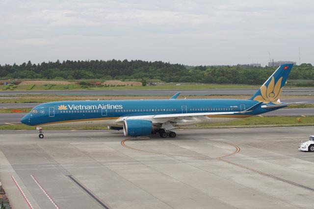 神宮寺ももさんが、成田国際空港で撮影したベトナム航空 A350-941の航空フォト(飛行機 写真・画像)