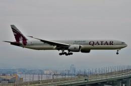 amagoさんが、関西国際空港で撮影したカタール航空 777-3DZ/ERの航空フォト(飛行機 写真・画像)