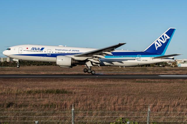 I.Kさんが、伊丹空港で撮影した全日空 777-281/ERの航空フォト(飛行機 写真・画像)