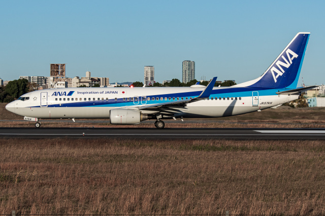 I.Kさんが、伊丹空港で撮影した全日空 737-881の航空フォト(飛行機 写真・画像)