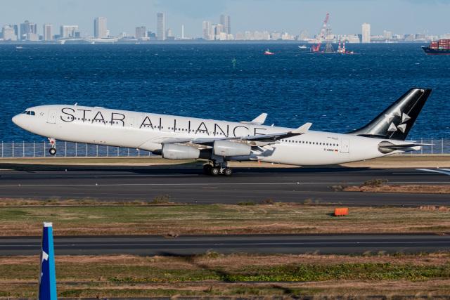 I.Kさんが、羽田空港で撮影したルフトハンザドイツ航空 A340-313Xの航空フォト(飛行機 写真・画像)