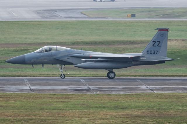 I.Kさんが、嘉手納飛行場で撮影したアメリカ空軍 F-15C-31-MC Eagleの航空フォト(飛行機 写真・画像)