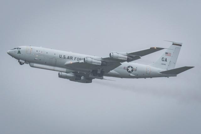 I.Kさんが、嘉手納飛行場で撮影したアメリカ空軍 E-8C J-Stars (707-300C)の航空フォト(飛行機 写真・画像)