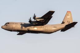 I.Kさんが、横田基地で撮影したアメリカ空軍 C-130J-30 Herculesの航空フォト(飛行機 写真・画像)