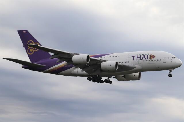 BOEING737MAX-8さんが、成田国際空港で撮影したタイ国際航空 A380-841の航空フォト(飛行機 写真・画像)
