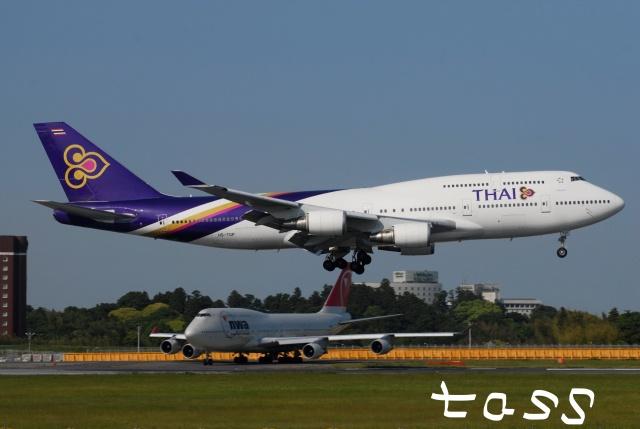 tassさんが、成田国際空港で撮影したタイ国際航空 747-4D7の航空フォト(飛行機 写真・画像)