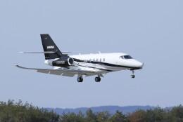 ピーチさんが、岡山空港で撮影した不明 Citation Latitude(680A)の航空フォト(飛行機 写真・画像)