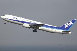 とらとらさんが、羽田空港で撮影した全日空 767-381の航空フォト(飛行機 写真・画像)