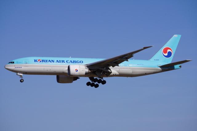 SFJ_capさんが、成田国際空港で撮影した大韓航空 777-FB5の航空フォト(飛行機 写真・画像)