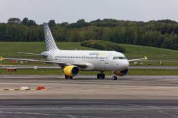 航空フォト:EC-JYX ブエリング航空 A320