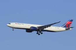 飛行機ゆうちゃんさんが、羽田空港で撮影したデルタ航空 A330-941の航空フォト(飛行機 写真・画像)
