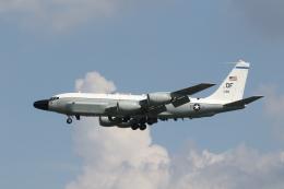 ショウさんが、横田基地で撮影したアメリカ空軍 RC-135W (717-158)の航空フォト(飛行機 写真・画像)