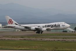 ショウさんが、小松空港で撮影したカーゴルクス 747-4HQF/ERの航空フォト(飛行機 写真・画像)