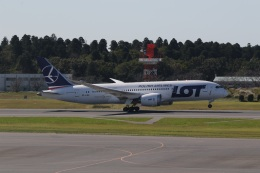 ショウさんが、成田国際空港で撮影したLOTポーランド航空 787-8 Dreamlinerの航空フォト(飛行機 写真・画像)