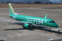 職業旅人さんが、高知空港で撮影したフジドリームエアラインズ ERJ-170-200 (ERJ-175STD)の航空フォト(飛行機 写真・画像)