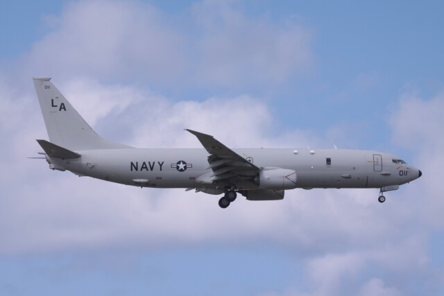 Mr.boneさんが、嘉手納飛行場で撮影したアメリカ海軍 P-8A (737-8FV)の航空フォト(飛行機 写真・画像)