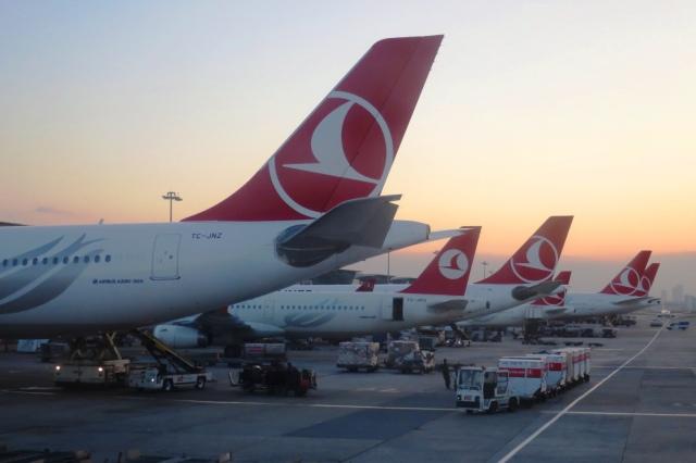 アタテュルク国際空港 - Ataturk International Airport [ISL/LTBA]で撮影されたアタテュルク国際空港 - Ataturk International Airport [ISL/LTBA]の航空機写真(フォト・画像)