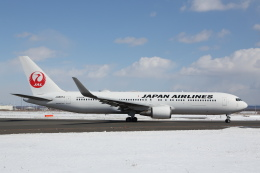 安芸あすかさんが、新千歳空港で撮影した日本航空 767-346/ERの航空フォト(飛行機 写真・画像)