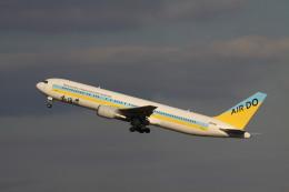 rokko2000さんが、羽田空港で撮影したAIR DO 767-33A/ERの航空フォト(飛行機 写真・画像)