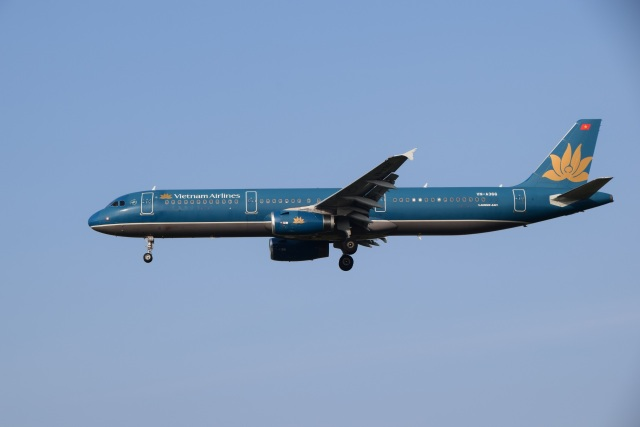bachi51さんが、福岡空港で撮影したベトナム航空 A321-231の航空フォト(飛行機 写真・画像)