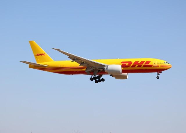 不揃いさんが、成田国際空港で撮影したアエロ・ロジック 777-FZNの航空フォト(飛行機 写真・画像)