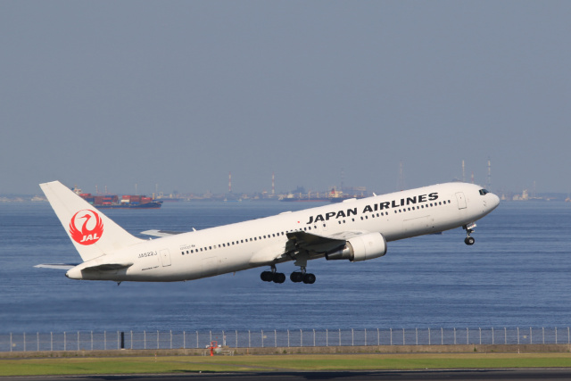 inyoさんが、羽田空港で撮影した日本航空 767-346/ERの航空フォト(飛行機 写真・画像)