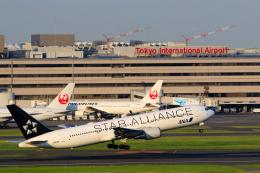 inyoさんが、羽田空港で撮影した全日空 767-381/ERの航空フォト(飛行機 写真・画像)