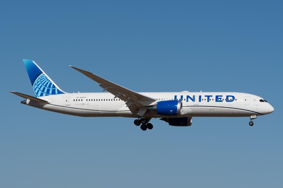 ぎんじろーさんのユナイテッド航空 Boeing 787-9 (N24979) 航空フォト