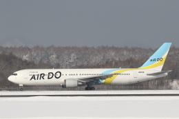 安芸あすかさんが、新千歳空港で撮影したAIR DO 767-33A/ERの航空フォト(飛行機 写真・画像)