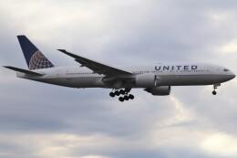 BOEING737MAX-8さんが、成田国際空港で撮影したユナイテッド航空 777-222/ERの航空フォト(飛行機 写真・画像)