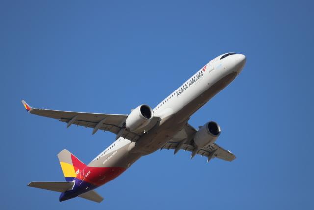 赤ちんさんが、成田国際空港で撮影したアシアナ航空 A321-251NXの航空フォト(飛行機 写真・画像)
