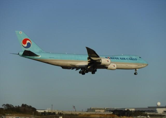 不揃いさんが、成田国際空港で撮影した大韓航空 747-8B5F/SCDの航空フォト(飛行機 写真・画像)