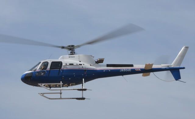 ヘリオスさんが、東京ヘリポートで撮影した昭和リース AS350B3 Ecureuilの航空フォト(飛行機 写真・画像)