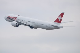 水月さんが、関西国際空港で撮影したスイスインターナショナルエアラインズ 777-3DE/ERの航空フォト(飛行機 写真・画像)